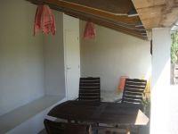 1.11 veranda
